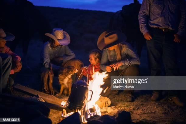 conversations de feu de camp de cow-boy