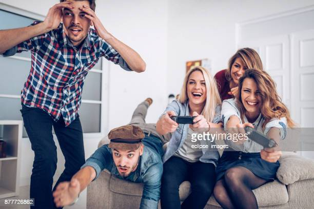 Leurs collègues s'amuser sur pause café