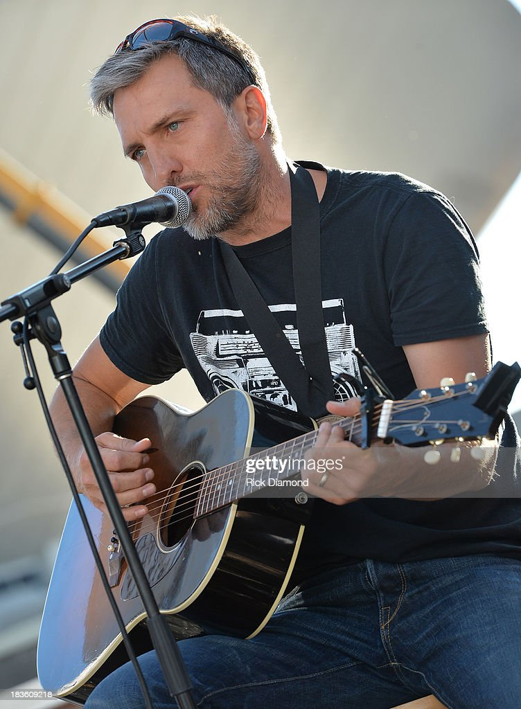 Co-Writer Brett Warren performs as Keith Urban, BMI & ASCAP Celebrate the No. 1 Song 'Little Bit Of Everything' at Aerial In Nashville on October 7, 2013 in Nashville, United States.