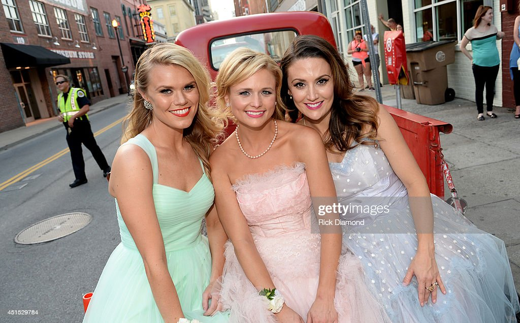 Co-writer Nicolle Galyon, Miranda Lambert, and co-writer Natalie Hemby attend the 'Automatic' No. 1 party on June 30, 2014 in Nashville, Tennessee.