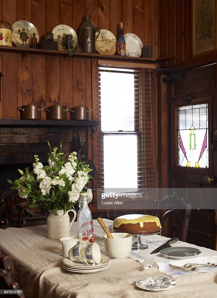 Cozy country interior tea time set up : Stock Photo