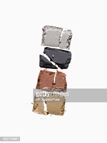4 cracked powders 4 shades : Foto de stock