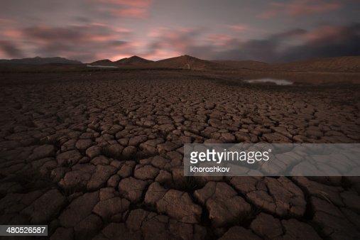 クラックト土壌の風景 : ストックフォト