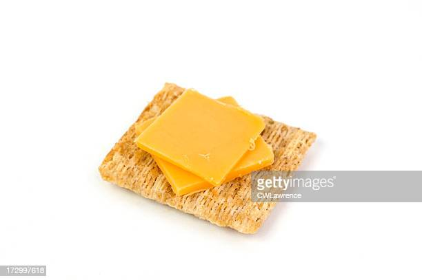 クラッカーとチーズ