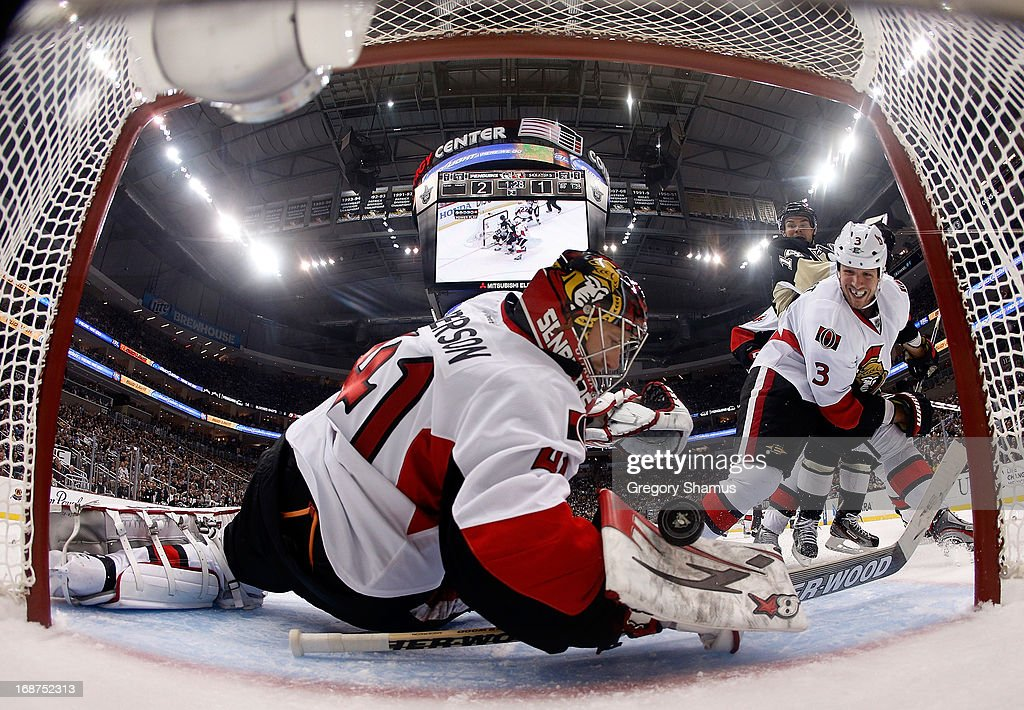 Craig Anderson #41 of the Ottawa Senators can't make a save on a shot by Chris Kunitz #14 of the Pittsburgh Penguins in Game One of the Eastern Conference Semifinals during the 2013 NHL Stanley Cup Playoffs at Consol Energy Center on May 14, 2013 in Pittsburgh, Pennsylvania.