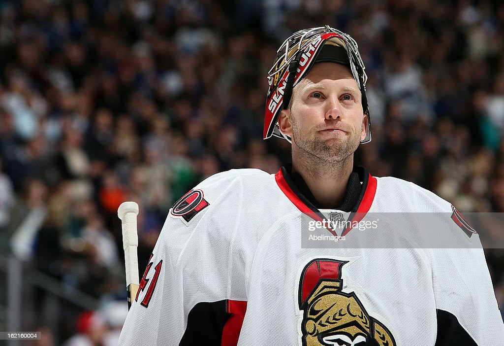 Craig Anderson #41 of the Ottawa Senators takes a break during NHL action at the Air Canada Centre against the Toronto Maple Leafs February 16, 2013 in Toronto, Ontario, Canada.