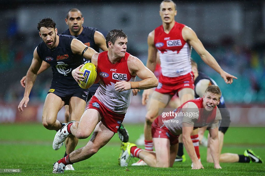 Craig Bird of the Swans looks for space during the round 14 AFL match between the Sydney Swans and the Carlton Blues at SCG on June 28, 2013 in Sydney, Australia.