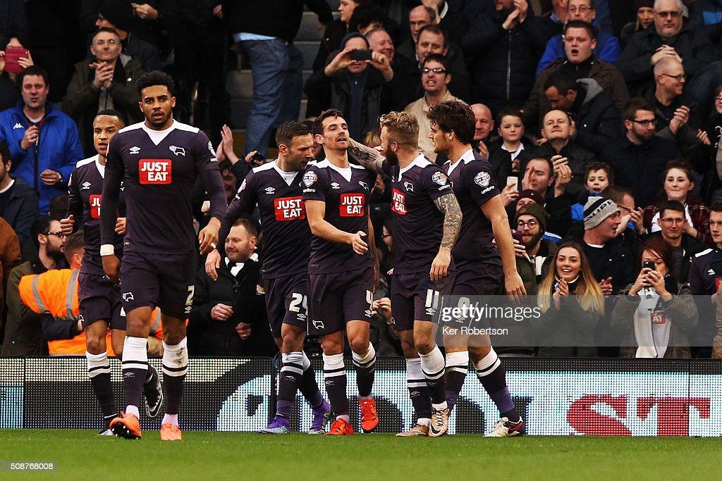 Craig Bryson (centre #4) of Derby County celebrates with team mates after scoring during the Sky Bet Championship match between Fulham and Derby County at Craven Cottage on February 6, 2016 in London, England.