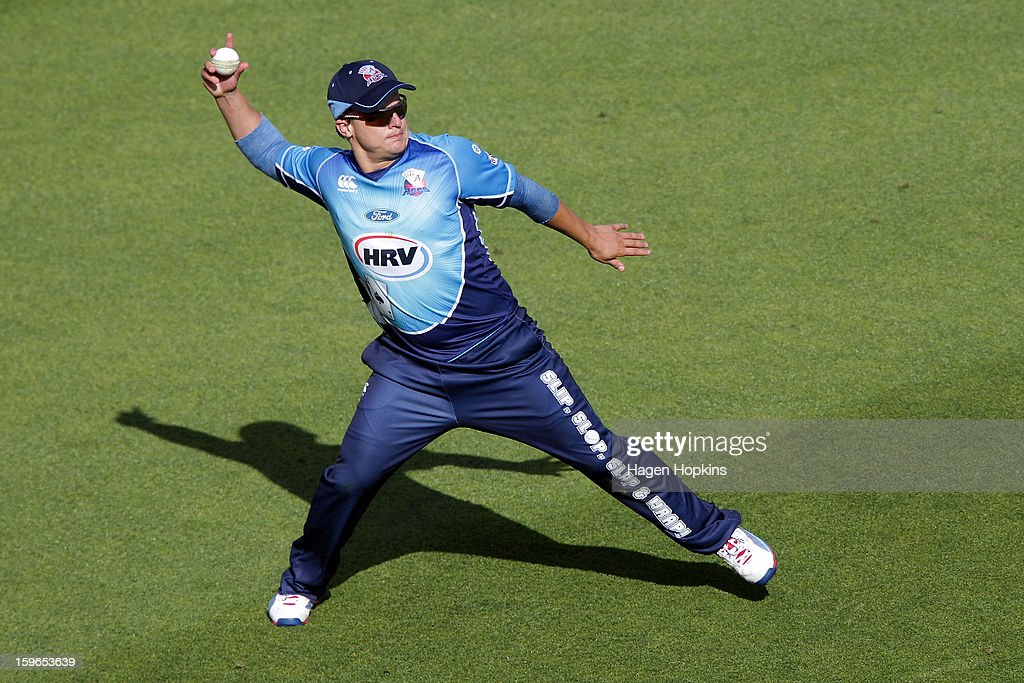 Craig Cachopa of Auckland fields during the HRV Cup Twenty20 Preliminary Final between the Wellington Firebirds and the Auckland Aces at Basin Reserve on January 18, 2013 in Wellington, New Zealand.
