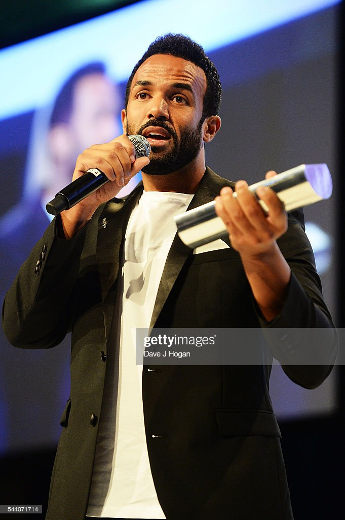 Craig David accepts the American Express Innovation Award during the Nordoff Robbins O2 Silver Clef Awards on July 1, 2016 in London, United Kingdom.
