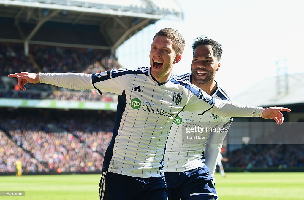 <a gi-track='captionPersonalityLinkClicked' href=/galleries/search?phrase=Craig+Gardner&family=editorial&specificpeople=685283 ng-click='$event.stopPropagation()'>Craig Gardner</a> of West Brom (R) celebrates scoring their second goal with <a gi-track='captionPersonalityLinkClicked' href=/galleries/search?phrase=Joleon+Lescott&family=editorial&specificpeople=687246 ng-click='$event.stopPropagation()'>Joleon Lescott</a> of West Brom during the Barclays Premier League match between Crystal Palace and West Bromwich Albion at Selhurst Park on April 18, 2015 in London, England.