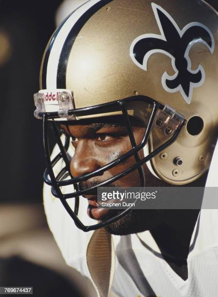 Craig Heyward Fullback for the New Orleans Saints during the National Football Conference West game against the Los Angeles Rams on 9 December 1990...