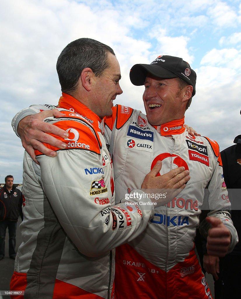 V8 Supercars Round 9 - Race 17