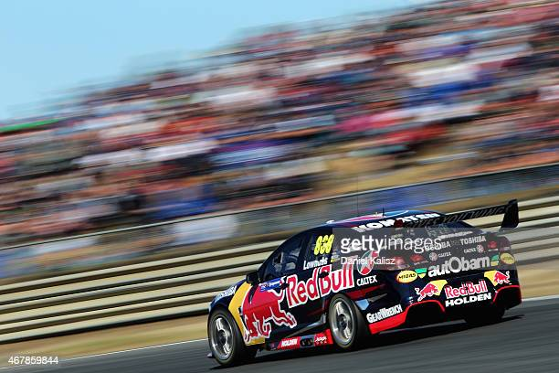 Craig Lowndes drives the Red Bull Racing Holden VF Commodore during race 1 for the V8 Supercars Tasmania SuperSprint at Symmons Plains Raceway on...