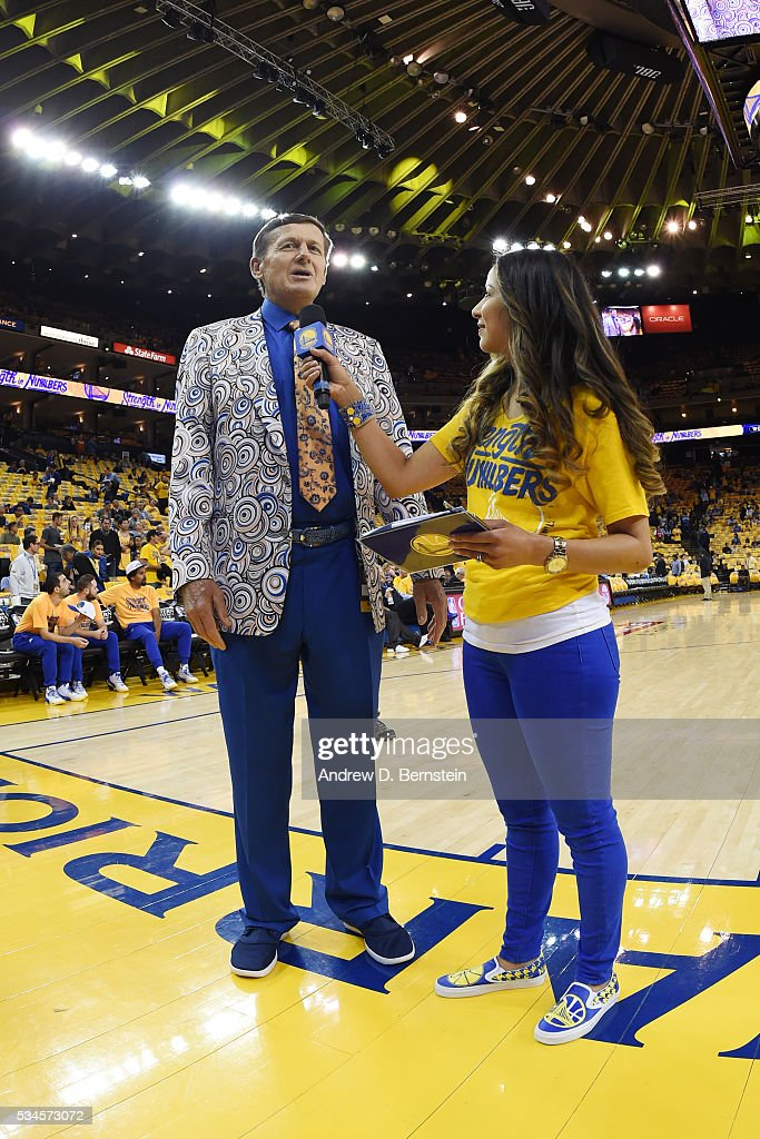 <a gi-track='captionPersonalityLinkClicked' href=/galleries/search?phrase=Craig+Sager&family=editorial&specificpeople=617407 ng-click='$event.stopPropagation()'>Craig Sager</a> is interviewed before the game between the Golden State Warriors and the Oklahoma City Thunder in Game Five of the Western Conference Finals during the 2016 NBA Playoffs on May 26, 2016 at ORACLE Arena in Oakland, California.