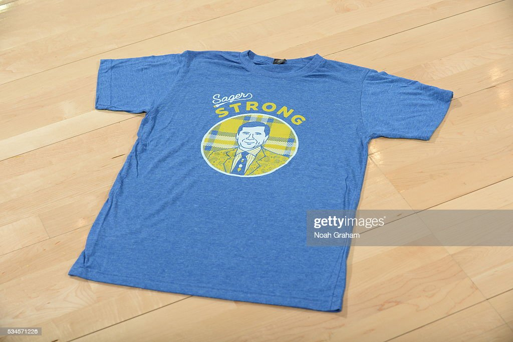 Craig Sager t-shirts before the Golden State Warriors face the Oklahoma City Thunder for Game Five of the Western Conference Finals during the 2016 NBA Playoffs on May 26, 2016 at ORACLE Arena in Oakland, California.