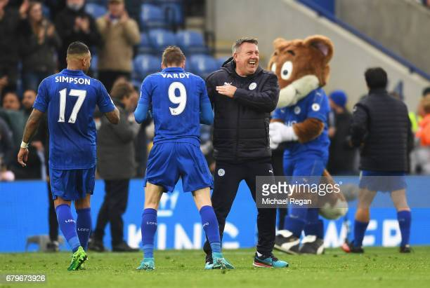 Craig Shakespeare manager of Leicester City celebrates with Jamie Vardy of Leicester City after the Premier League match between Leicester City and...