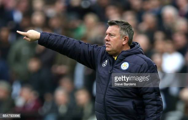 Craig Shakespeare manager of Leicester City gives his team instructions during the Premier League match between West Ham United and Leicester City at...