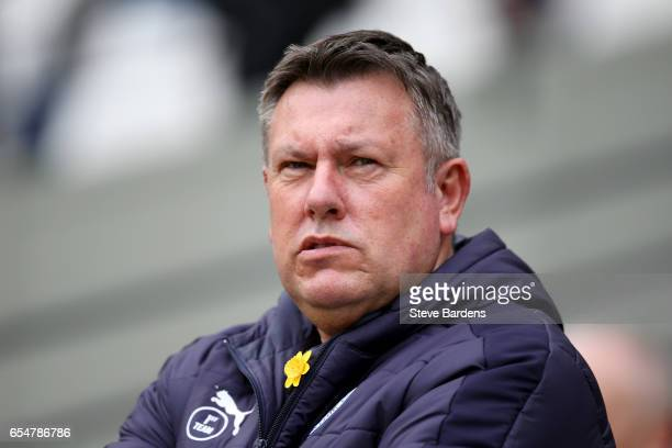 Craig Shakespeare manager of Leicester City looks on prior to the Premier League match between West Ham United and Leicester City at London Stadium...