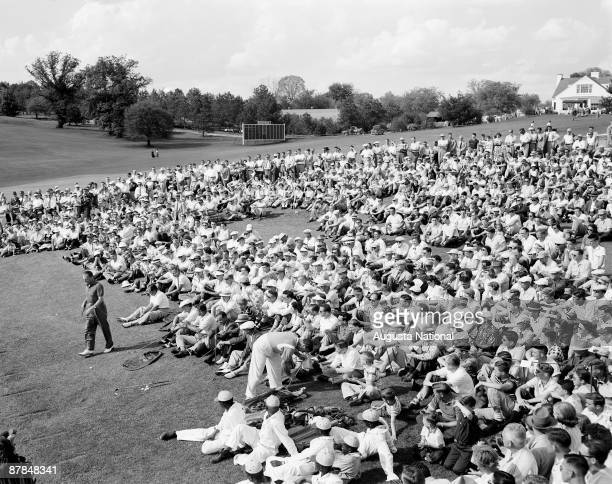 Craig Wood at a golf clinic during the 1954 Masters Tournament at Augusta National Golf Club in April 1954 in Augusta Georgia