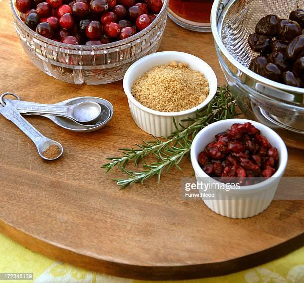 クランベリーソースの食材、クリスマス、感謝祭の祝日中のお食事