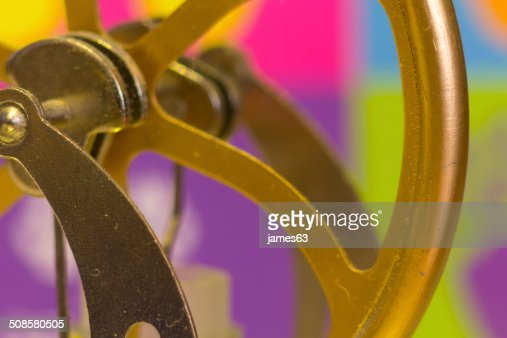 crank shafts and pulleys of machinery in bronze wheels : Stockfoto