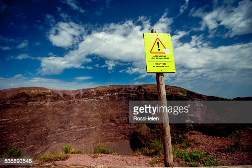 Crater of Vesuvius volcano : Stockfoto