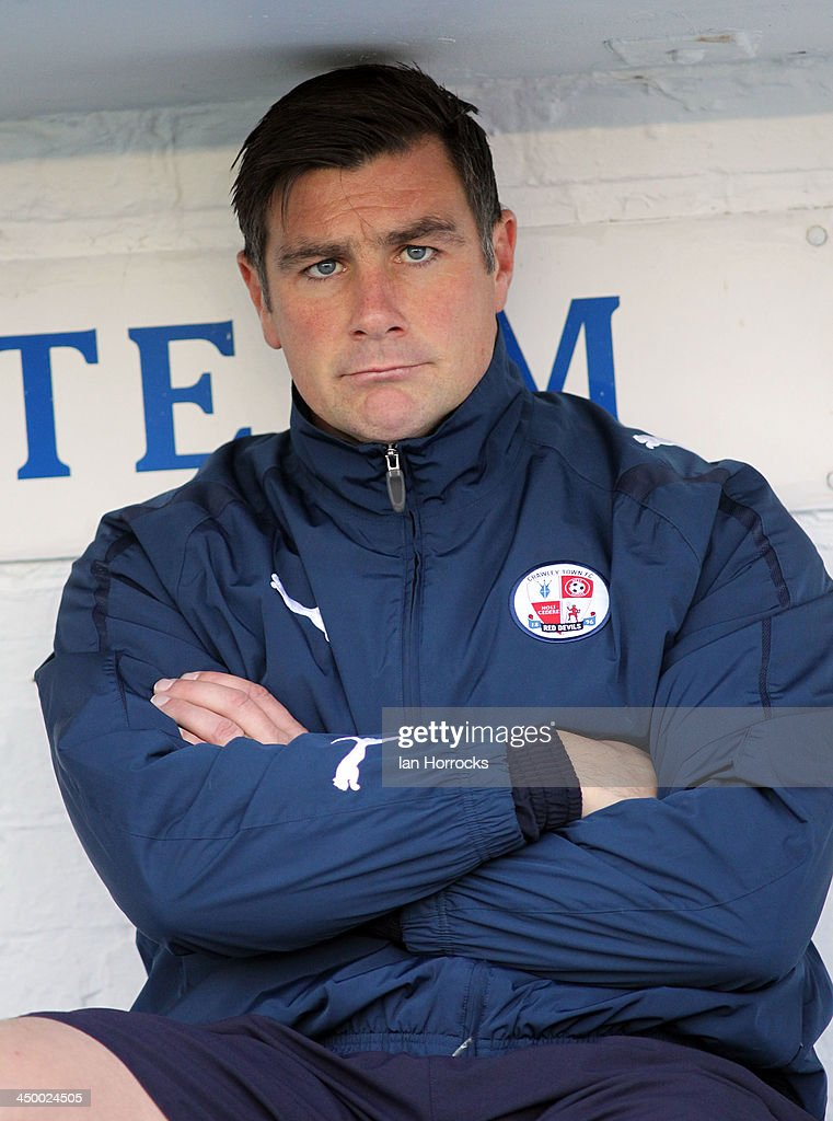 Crawley Town manager Richie Barker looks on during the Sky Bet League one match between Carlisle United and Crawley Town at Brunton Park on November 16, 2013 in Carlisle, England