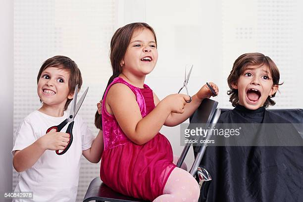 crazy childs inside hairsalon