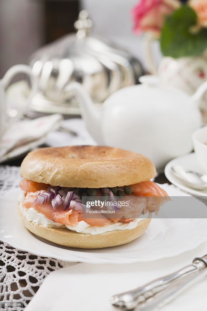 Bagels and cream cheese dating site