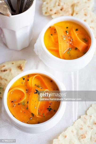 creamy carrot & mango soup