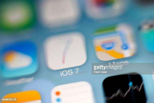 iOS 7 Logo iPhone mobile app icon