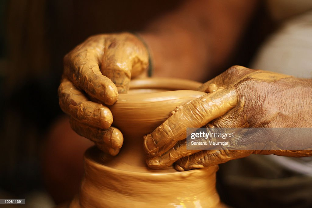 Creative hands pottery town