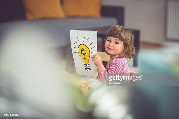 Fillette créatif