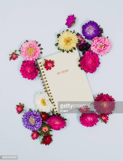 Creative personal organizer flower arrangement stationary