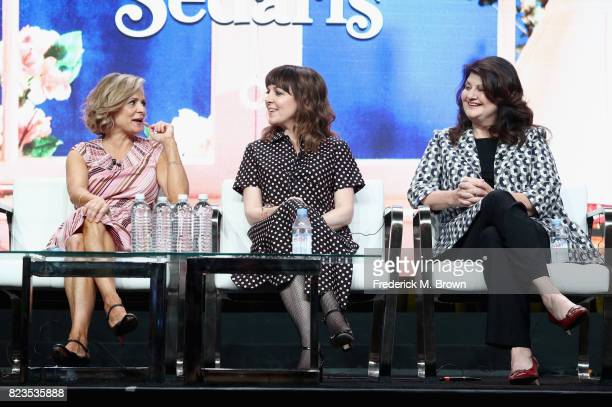 Creator/executive producer Amy Sedaris writer/executive producer Jodi Lennon and writer/executive producer Cindy Caponera of 'truTV/At Home with Amy...