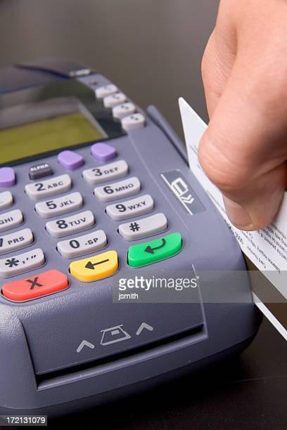 Glisser la carte de crédit