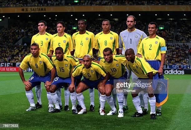 POPPERFOTO/JOHN McDERMOTT Football 2002 FIFA World Cup Finals Semi Final Saitama Japan 26th June 2002 Brazil 1 v Turkey 0 The Brazil team pose...