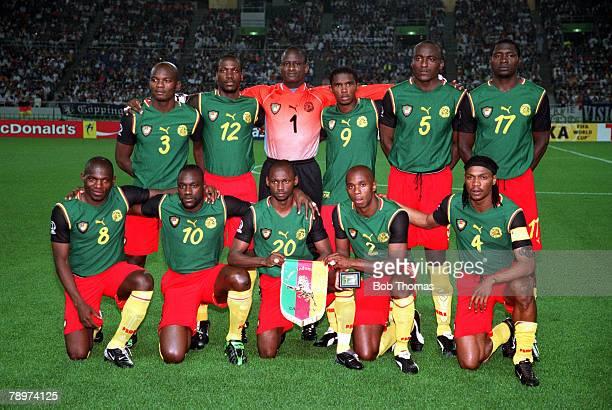 POPPERFOTO/JOHN MCDERMOTT Football 2002 FIFA World Cup Finals Group E Shizuoka Japan 11th June 2002 Germany 2 v Cameroon 0 The Cameroon team pose...