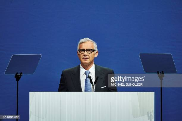 Credit Suisse chairman Urs Rohner delivers a speech during the annual shareholders' meeting of the Swiss banking group on April 28 2017 in Zurich /...