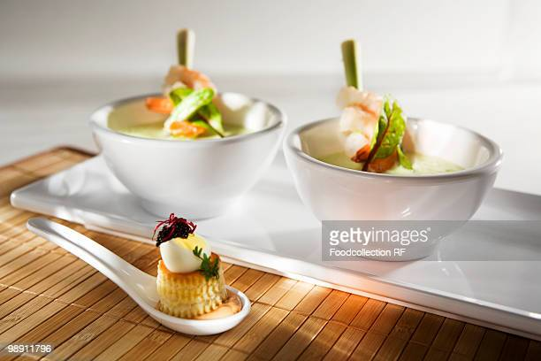 Cress soup with prawns on lemon grass skewers, vol-au-vent