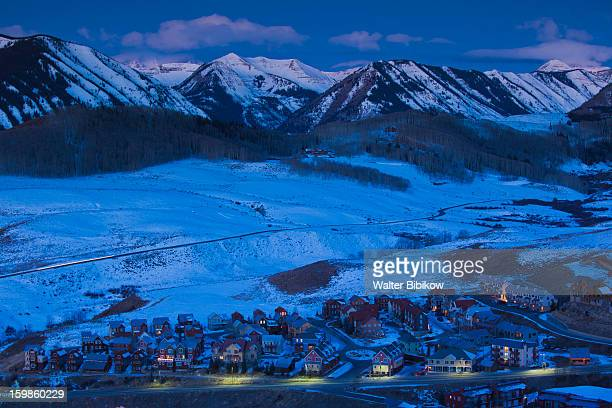 match & flirt with singles in crested butte A lift on the silver queen at crested butte mountain resort is wonderful and safe experience for kids along with adults ride up to 11,875 feet in 7 minutes.