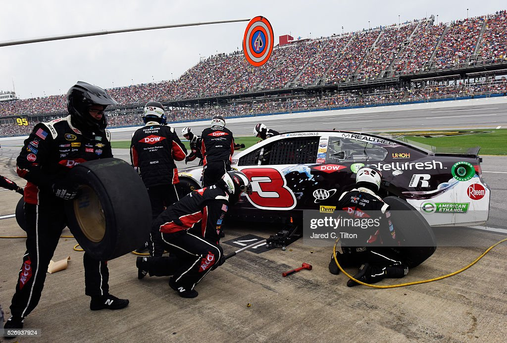 Crew members work to fix the car of Austin Dillon, driver of the #3 Dow - Energy & Water/Intellifresh Chevrolet, during the NASCAR Sprint Cup Series GEICO 500 at Talladega Superspeedway on May 1, 2016 in Talladega, Alabama.