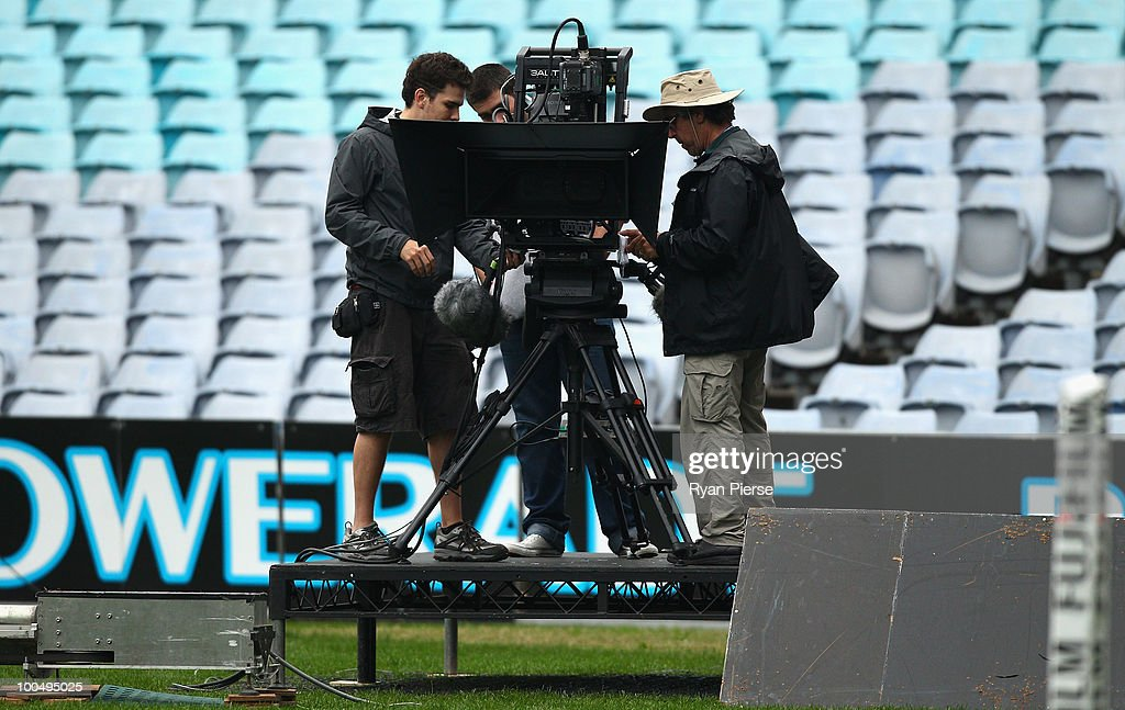 TV Crews install the new 3D cameras ahead of tomorrow's State Of Origin Game I at ANZ Stadium on May 25, 2010 in Sydney, Australia.