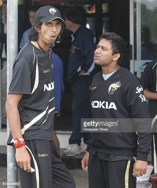 Cricket IPL2 Kolkata Knight Rider's Ishant Sharma and Akash Chopra during the team's practice session at Bellville Cricket Club at Cape Town
