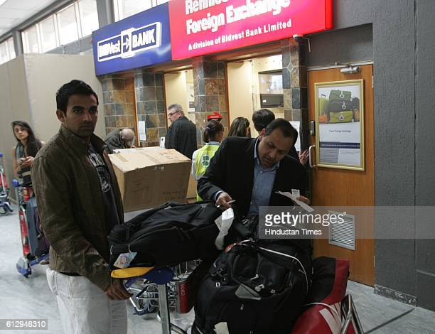 Cricket IPL2 Zaheer Khan and Meswani of Mumbai Indian team at Cape Town airport after arriving from India for Indian Premier League