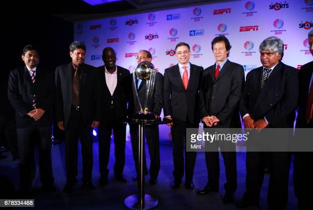 Cricket legends India's Kapil Dev West Indies' Vivian Richards Pakistan's Imran Khan and Sri Lanka's Arjuna Ranatunga with ICC Chief Executive Haroon...