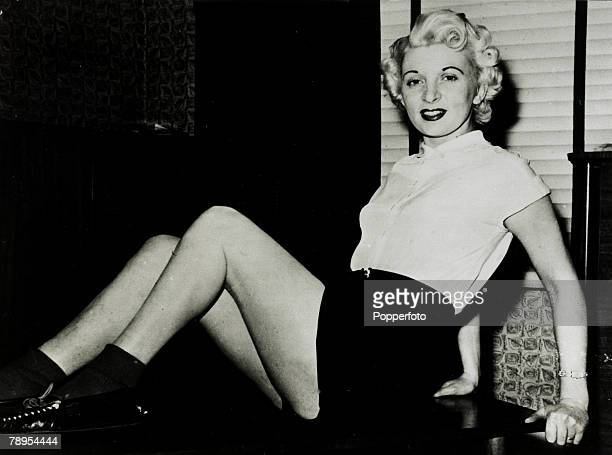 circa1955 A glamorous pose of Ruth Ellis Ruth Ellis was hanged on 13th July 1955 for the murder of her lover David Blakely the 16th and last woman to...