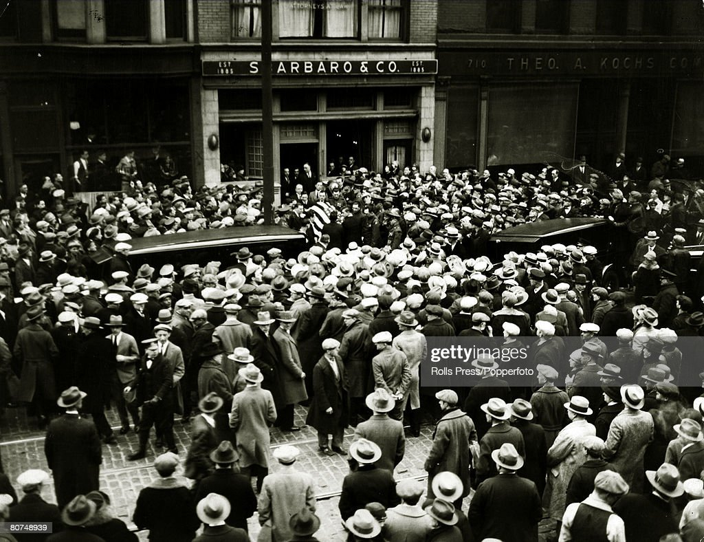1920's, U,S,A, A vast crowd in Chicago at the funeral of Northside Gangster's leader Vincent Drucci shot dead by Chicago police in a gun battle