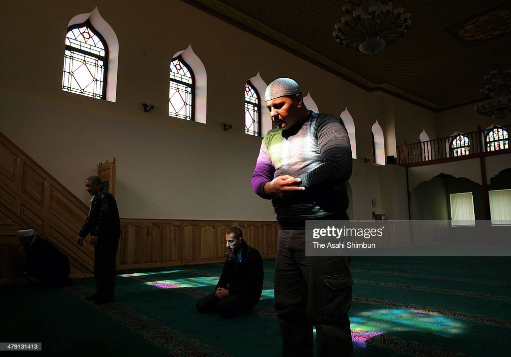 Crimean Tatar people pray at a mosque, without casting ballot at the crucial referendum on March 16, 2014 in Bakhchysarai, Ukraine. Crimeans go to the polls today in a vote that which will decide whether the peninsular should secede from mainland Ukraine. The referendum, which has been dismissed as illegal by the West, follows the ousting of President Viktor Yanukovych by pro-Western and nationalist protesters. As the standoff between pro-Russian forces and the Ukrainian military continues in the Crimean peninsula, world leaders are continuing to push for a diplomatic solution to the escalating situation.